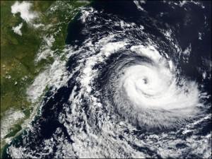Tornado en costas brasileras, abril 2004
